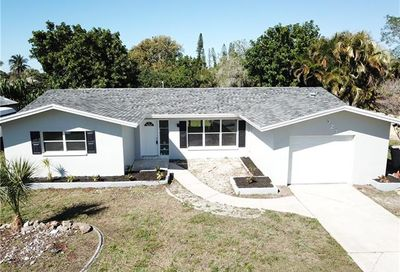 327 SE 47th St Cape Coral FL 33904