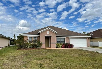 8031 Liriope Loop Lehigh Acres FL 33972