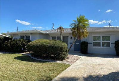 1727 Lakeview Ter North Fort Myers FL 33903