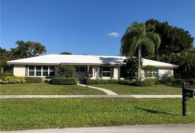 3505 Hibiscus Dr Fort Myers FL 33901