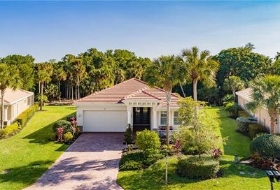 3871 Otter Bend Cir Fort Myers FL 33905