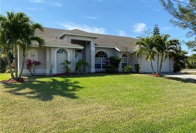 3708 SW 19th Ave Cape Coral FL 33914
