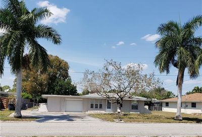 1744 W Bluewater Ter North Fort Myers FL 33903