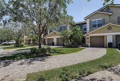 3190 Cottonwood Bend 1006 Fort Myers FL 33905