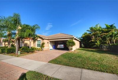 10475 Spruce Pine Ct Fort Myers FL 33913