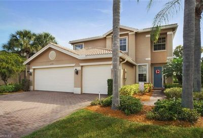 11199 Sand Pine Ct Fort Myers FL 33913