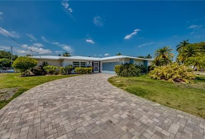 1649 Swan Ter North Fort Myers FL 33903