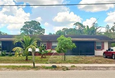 2705/2709 Grand Ave Fort Myers FL 33901