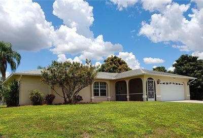 1947 Indian Creek Dr North Fort Myers FL 33917