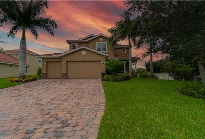 12600 Blue Banyon Ct North Fort Myers FL 33903