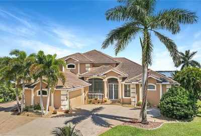 6290 River Club Ct North Fort Myers FL 33917