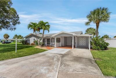 1772 Inlet Dr North Fort Myers FL 33903