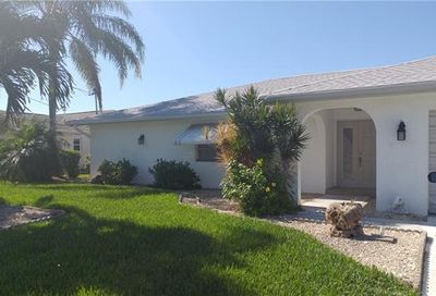 4517 Vinsetta Ave North Fort Myers FL 33903