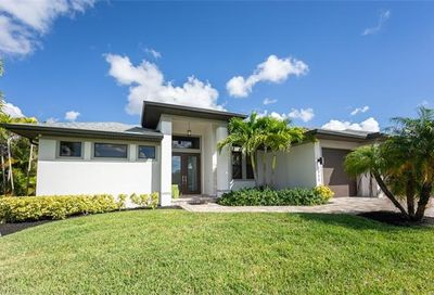 2711 SW 32nd St Cape Coral FL 33914