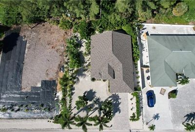3482 Manatee Dr Other FL 33956