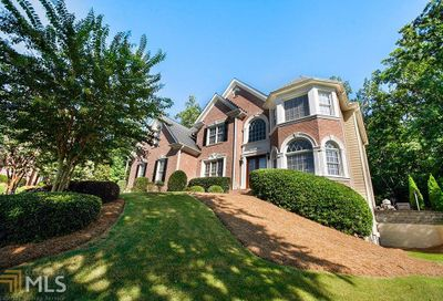 3502 Valleyhaven Ct Suwanee GA 30024-6439