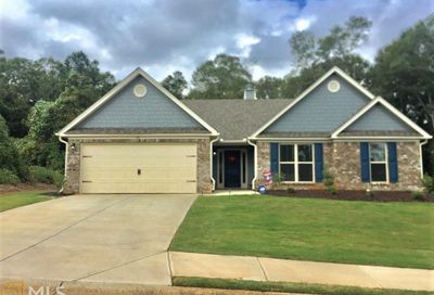 24 Goldshore Way Statham GA 30666