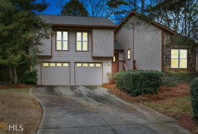 210 Softwood Cir Roswell GA 30076