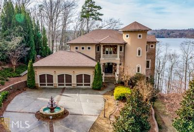 562 Bayberry Xing Dr Gainesville GA 30501-1676