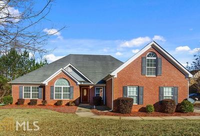 4075 Villagewood Ln Ellenwood GA 30294-5721