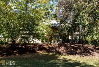 5021 Carriage Lakes Dr NE Roswell GA 30075-3161