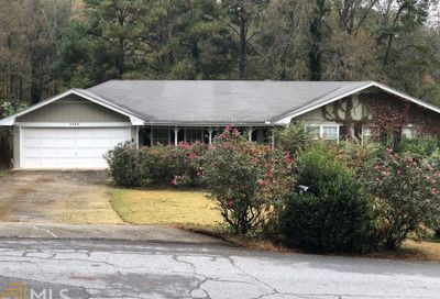 5205 Corinth Cir Stone Mountain GA 30087-3229