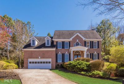 355 Willow Crescent Way Johns Creek GA 30022-5670