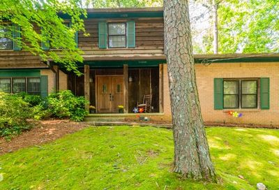 4611 Cedar Keys Lane Stone Mountain GA 30083-1814