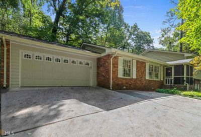 5195 Timber Trl S Atlanta GA 30342