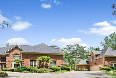1035 Stonegate Ct Roswell GA 30075-2265