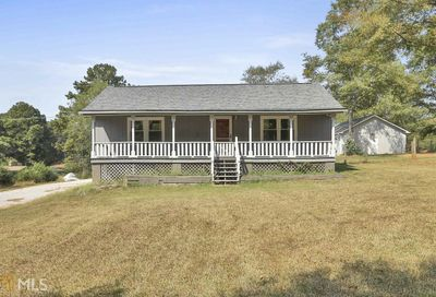 1071 Dolly Nixon Rd Senoia GA 30276