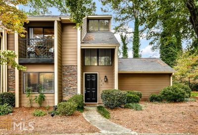 106 Goldrush Cir Sandy Springs GA 30328-5240