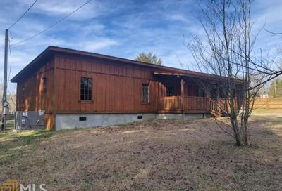 699 Long Cir Toccoa GA 30577-0000