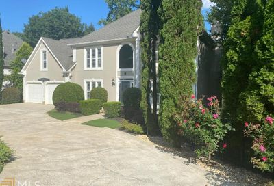 4625 Clary Lakes Dr Roswell GA 30075-5446