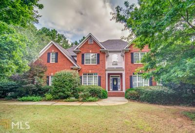 1011 Persimmon Creek Dr Bishop GA 30621-1372