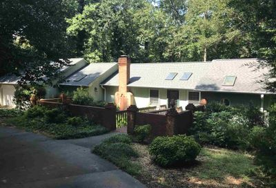 328 Reed Creek Heights Dr Hartwell GA 30643