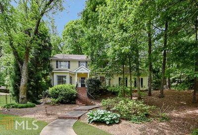 415 Lost Forest Ct Sandy Springs GA 30328
