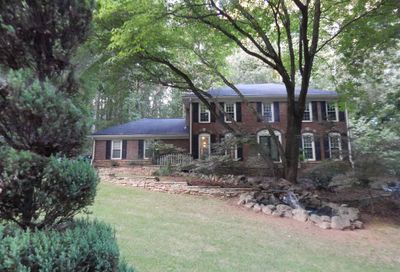 2735 Chimney Springs Dr. Marietta GA 30062-6320