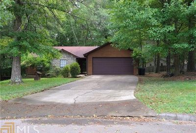 310 Kathie Court Roswell GA 30076-2253