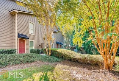 2003 Canyon Point Cir Roswell GA 30076-5107