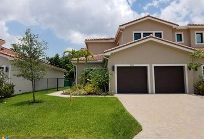 5812 Brookfield Cir Hollywood FL 33312