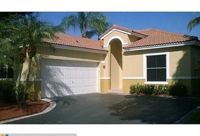 4789 NW 6th Pl Coconut Creek FL 33063