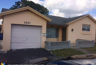 4291 NW 45th St Lauderdale Lakes FL 33319