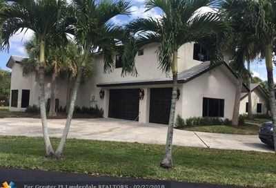 1547 NW 92nd Wy Coral Springs FL 33071