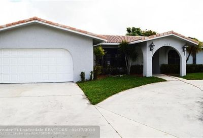 2415 NW 116th Ter Coral Springs FL 33065