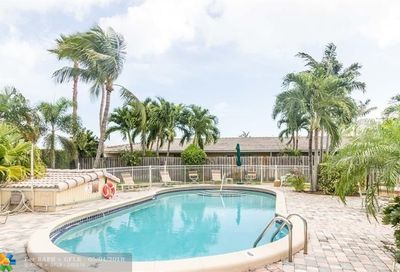 736 Ne 13th Ct Fort Lauderdale FL 33304