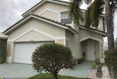 7853 Nw 70th Ave Parkland FL 33067