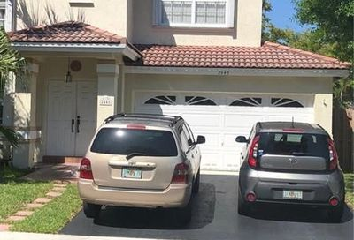 2445 Nw 79th Ter Margate FL 33063