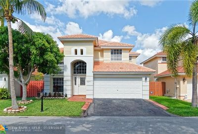 2671 Nw 68th Ter Margate FL 33063