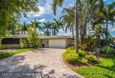 2136 Ne 15th Ter Wilton Manors FL 33305